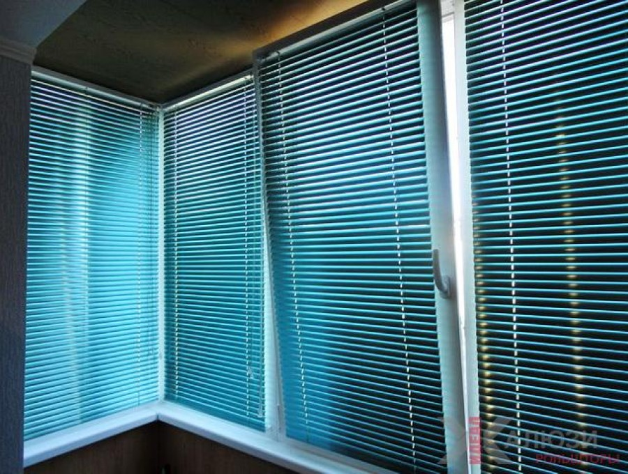 Горизонтальные жалюзи на балкон №06