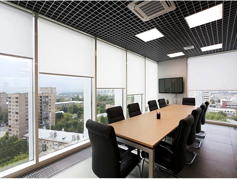 Рольшторы в офис на панорамные окна
