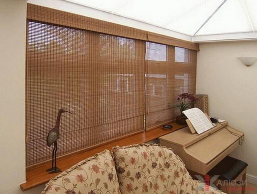 Бамбуковые римские шторы в веранду