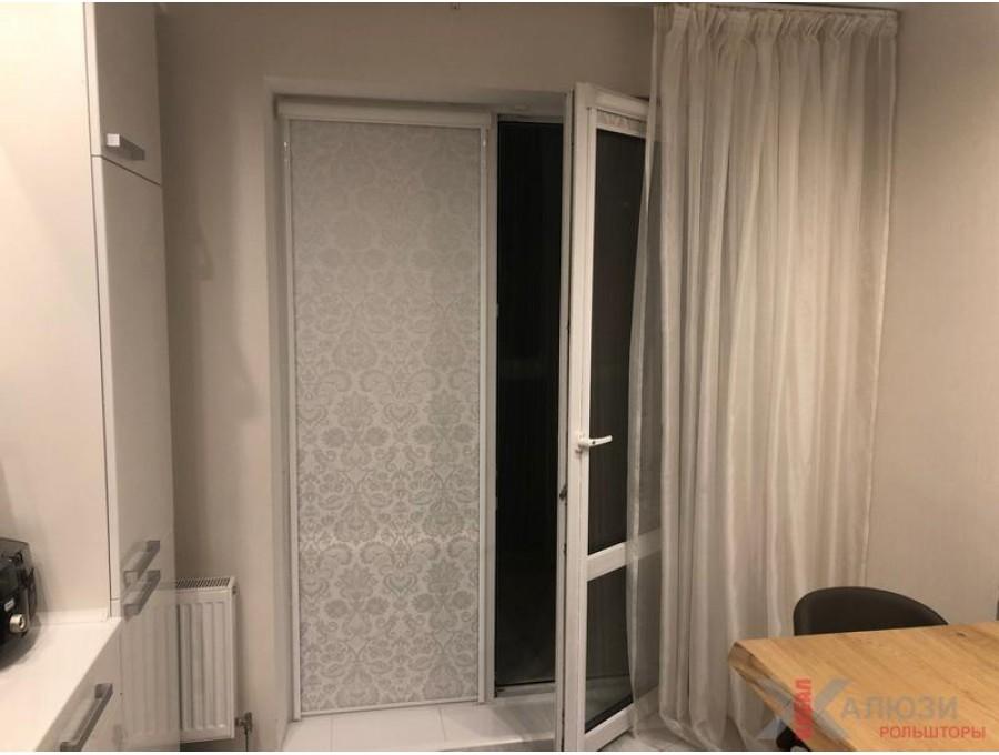 Кассетные рольшторы на французские окна